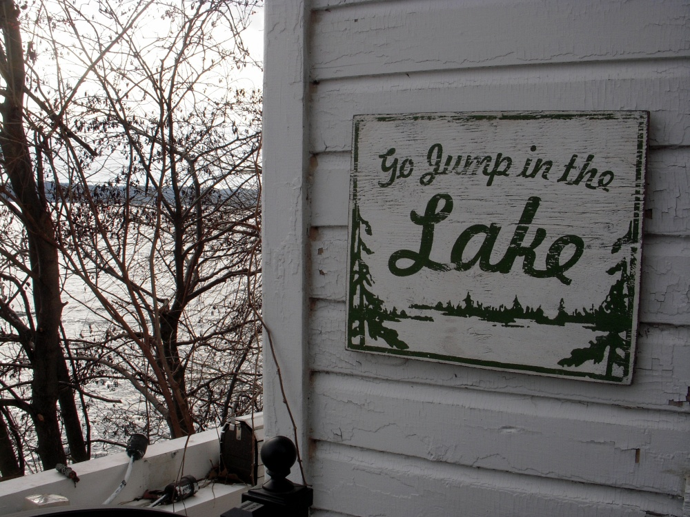 Lake Geneva, Wisconsin: 22 mile hike (3/6)